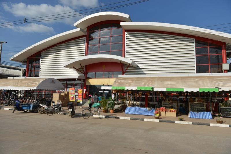ตลาดอินโดจีน (โรงเกลือ) ศูนย์รวมแหล่งช้อปปิ้งทันสมัย